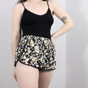Ecote Shorts